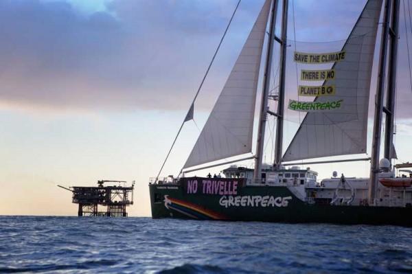 333-RAINBOW-WARRIOR-Greenpeace