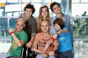 474747-Braccialetti-Rossi-cast-6-giovani