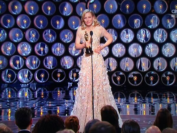 Cate-Blanchett-Oscar-2014