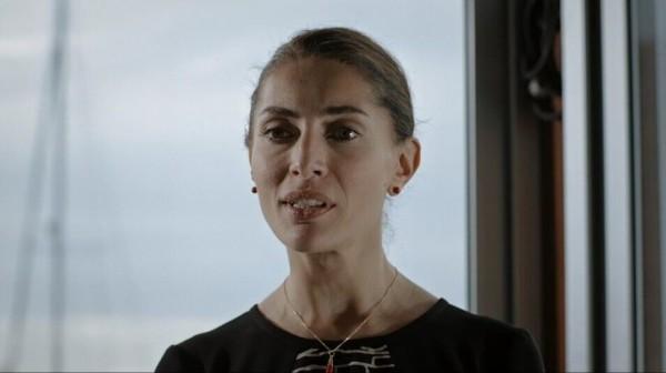Caterina-Murino-Chi-salvera-le-rose-2017