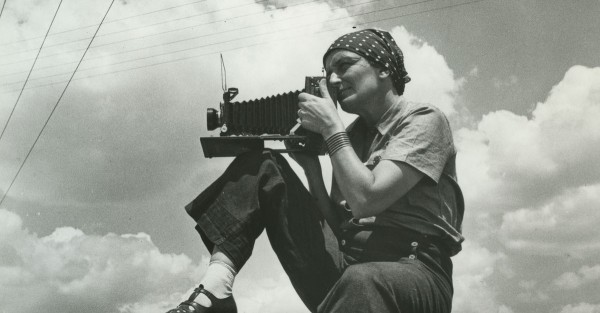 Dorothea-Lange-1936-by-Paul-S.Taylor_cropped