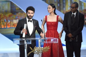 Ely Dagher - Palme d'or of shorts films - Waves' 98 © AFP : Anne-Christine Poujoulat - Cannes 2015