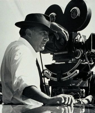 Federico-Fellini-1336398