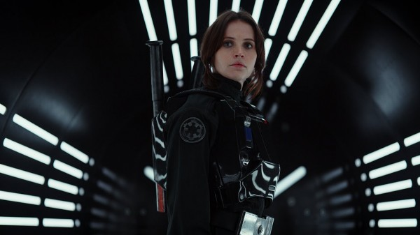 Felicity-Jones-Rogue-One-A-Star-Wars-Story-2016-11