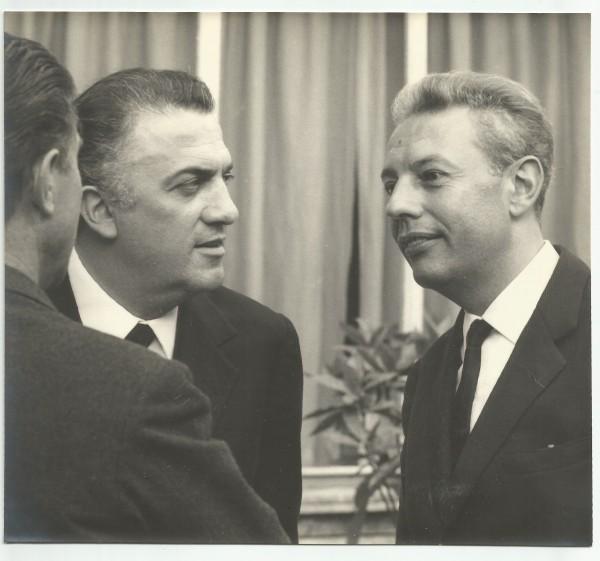 Fellini-e-Gian-Luigi-Rondi-1964