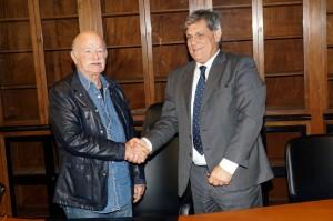 Gino-Paoli-SIAE-e-Alessandro-Butali-AIRES-firmano-protocollo-d-intesa-22-Ottobre-2014