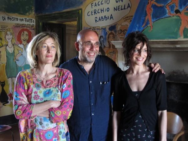 LA-PAZZA-GIOIA-Valeria-Bruni-Tedeschi-Paolo-Virzi-Micaela-Ramazzotti-2015