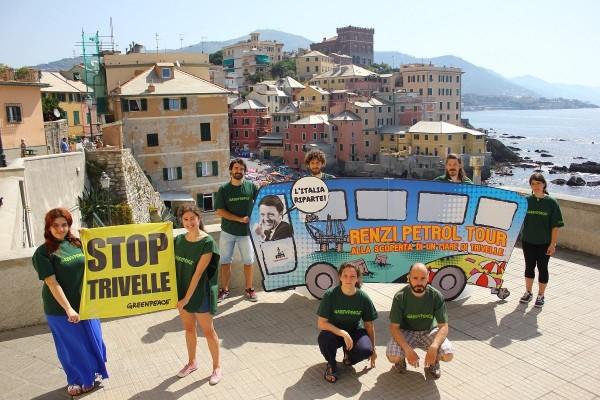Petrolio-Renzi-Genova-Greenpeace-Luglio-2015