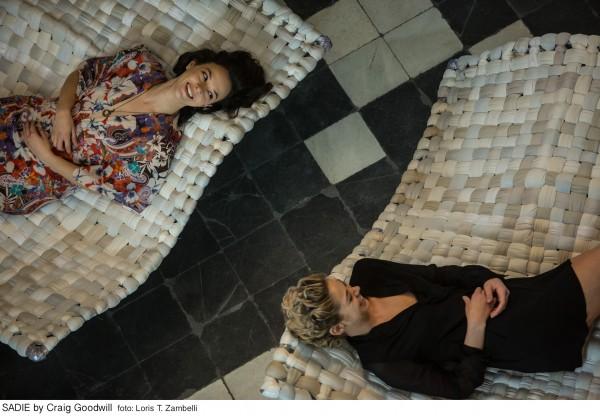 SADIE-di-Craig-Goodwill_nella-foto_Marta-Gastini-e-Analeigh-Tipton-3983