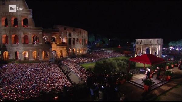 Via-Crucis-Colosseo-Roma-Papa-Francesco-2017