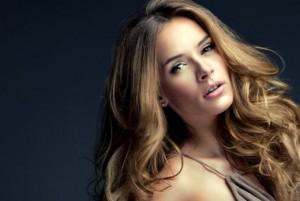 hair-model-highlights