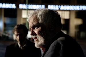 romanzo-di-una-strage-il-regista-marco-tullio-giordana-set-film-233083