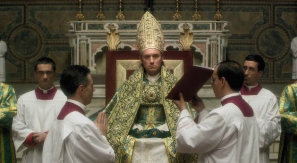 the-young-pope-2092