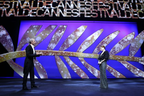Julianne Moore & Lambert Wilson - Open ceremony © AFP : Valery Hache - Cannes 68-2015
