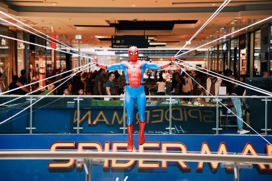 Arriva in 800 sale spider man homecoming dal 6 luglio - Cinema porta di roma prenotazione ...